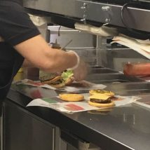 ТОТАЛ подбирает персонал для 255 ресторанов Burger King - картинка IMG 6767-214x214